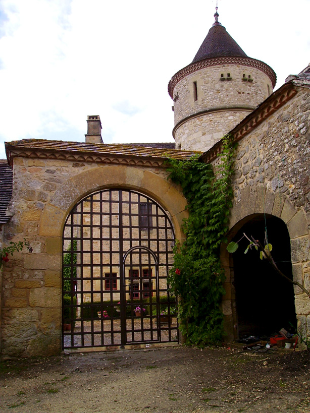 Château gates for a small french castel
