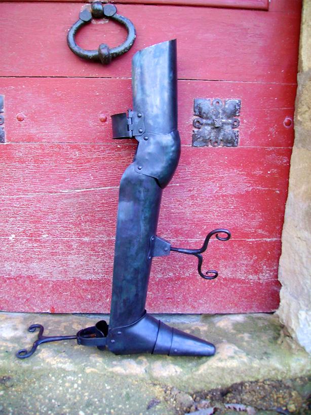 Copie d'un casse jambe Allemand du 17ème siècle (Objet de torture).